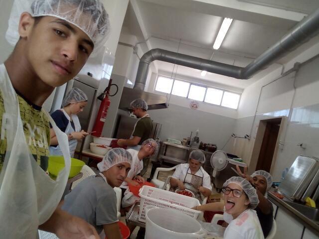 Lavorazione del pomodoro